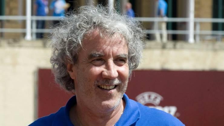 Trainer Yves Débonnaire scheitert mit dem U17-Nationalteam auf der letzten Stufe vor der EM-Endrunde. (Archivbild)