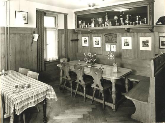 Der Chetti-Stammtisch, genannt Ententeich. Stadtarchiv Aarau