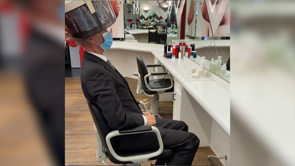 Daniel Koch präsentiert seine Post-Corona-Frisur