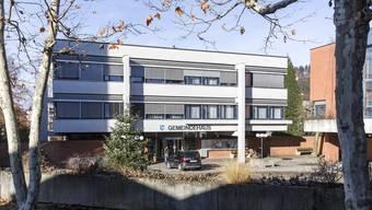Das 1963 erbaute Oberengstringer Gemeindehaus soll bis 2020 fertig saniert sein.