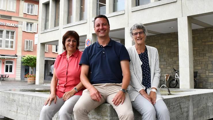 Reto Wettstein tritt als Präsident des Verbands zurück, Marianne Möckli (r.) ist seine designierte Nachfolgerin. Geschäftsführerin ist Gabriela Oeschger.