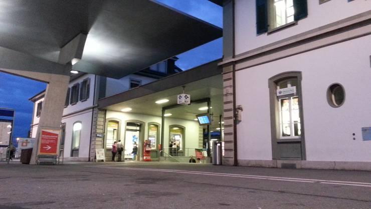 Der Platz vor dem Solothurner Bahnhof ist wieder leer.