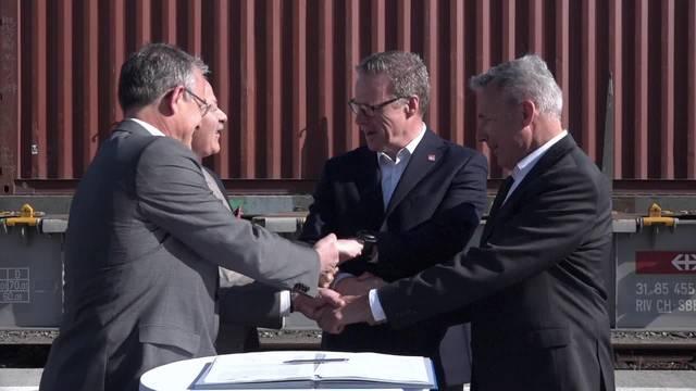 SBB und ASTAG fordern bessere Rahmenbedingungen für Güterverkehr