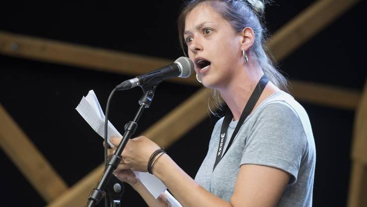 Lisa Christ ist Slam-Poetin und schreib über ihre erste Liebe.