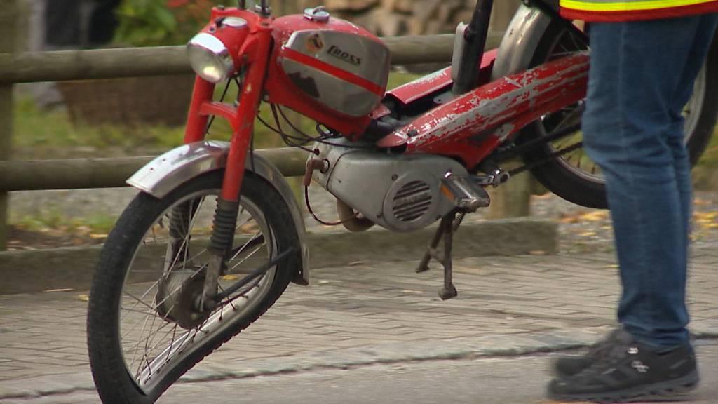 Oberneunforn (TG): Mofalenker bei Lastwagen-Kollision mittelschwer verletzt