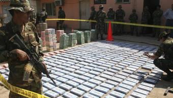 Fast 800 Kilogramm in Bolivien beschlagnahmtes Kokain (Archiv)