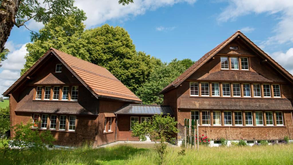 Ferien im Kinderdorf Pestalozzi: Das Kinderhilfswerk vermietet in Trogen AR zwei seine Häuser an Familien.