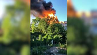 Im Video ist eine der Explosionen zu hören.