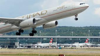 Nationale Interessen stehen der Liberalisierung im Weg. Das musste zum Beispiel die Fluggesellschaft Etihad Airways erleben (hier am Flughafen Kloten).