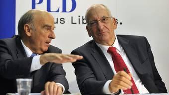 Nicht einer Meinung: Hans-Rudolf Merz und Pascal Couchepin.