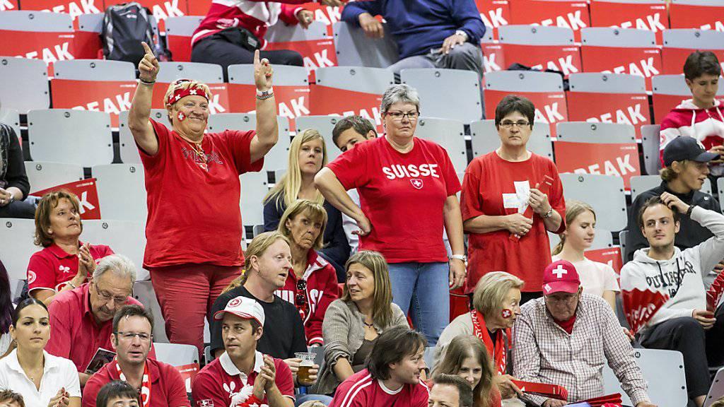 Die Schweizer Davis-Cup-Fans dürfen auf ein Heimspiel im September hoffen.
