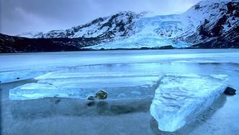 Bitterkalt und doch wunderschön: Die Gletscherlagune Jökulsárlón an der isländischen Südküste.