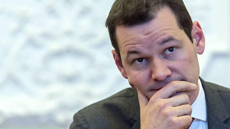 Eine Mehrheit des Genfer Kantonsparlaments will, dass Staatsrat Pierre Maudet (FDP) zurücktritt.