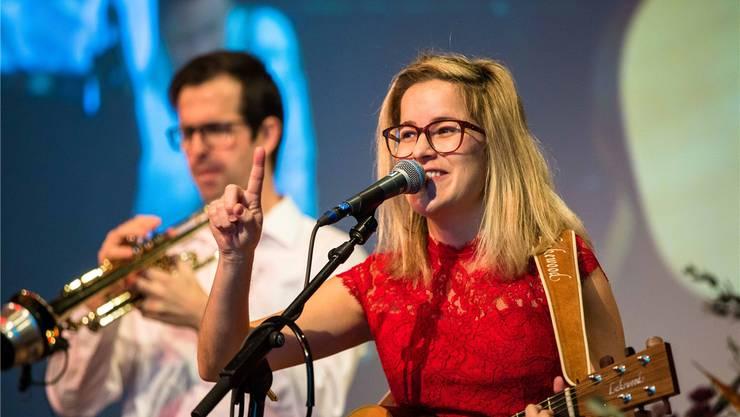 Die Zuchwilerin Claudia Stephani ist ausgebildete Primarlehrerin, schloss 2015 aber zusätzlich noch ein Musikstudium ab. Seither hat die 37-Jährige bereits zwei Alben aufgenommen und veröffentlicht.