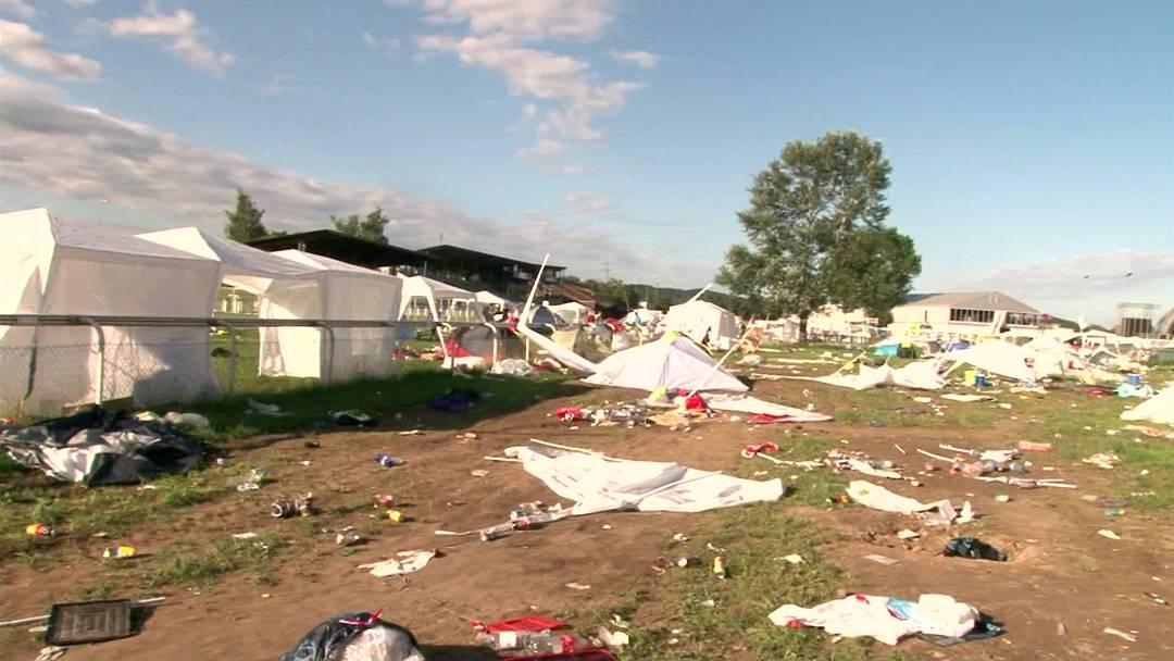 Der Zeltfriedhof, den die Openair-Besucher in Frauenfeld hinterliessen
