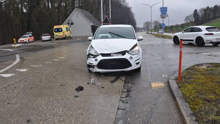 In Flumenthal kam es am Samstagnachmittag zu einem Unfall zwischen zwei Autos.