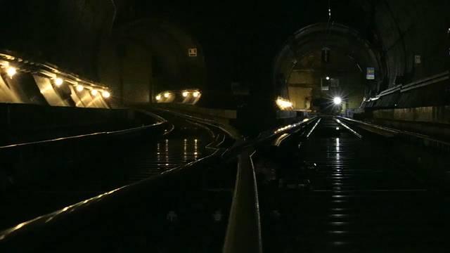 Aufwändige Wartungsarbeiten am Gotthard-Basistunnel