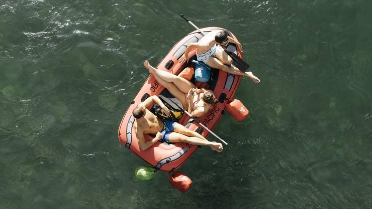 Dieses Jahr noch ein seltenes Bild: Gummiboote auf Schweizer Flüssen.