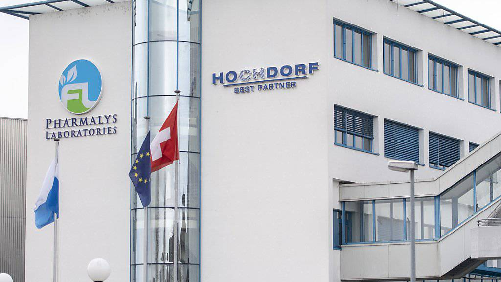 Gut möglich, dass am Hauptsitz des Milchverarbeiters Hochdorf das Pharmalys-Logo bald verschwindet: Im Rahmen der angekündoigten Reorganisation werden für die Vermarktungstochter nämlich sämtliche strategischen Optionen geprüft. (Archivbild)