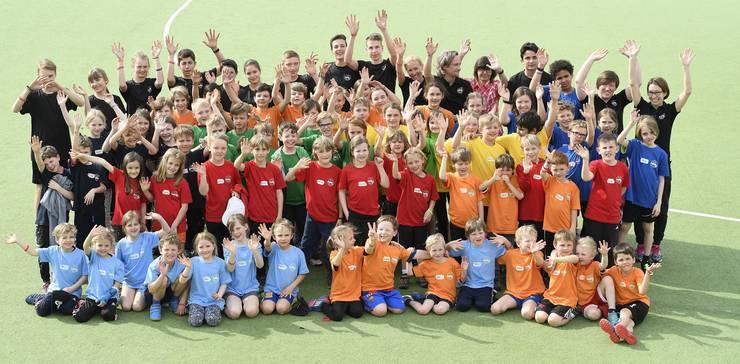 65 Kinder nehmen diese Woche am polysportiven Lager von Rotweiss Wettingen teil.