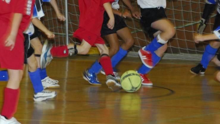 Junioren-Fussball: Sonst geht es stets gesittet zu und her. Doch am Klingnauer Hallen-Turnier kam es zu Ausschreitungen. Za