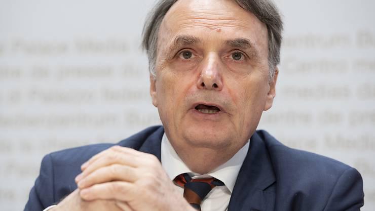 Staatssekretär Mario Gattiker macht deutlich, dass es bei Qualität und Sicherheit im neuen Bundesasylzentrum keine Abstriche geben wird.