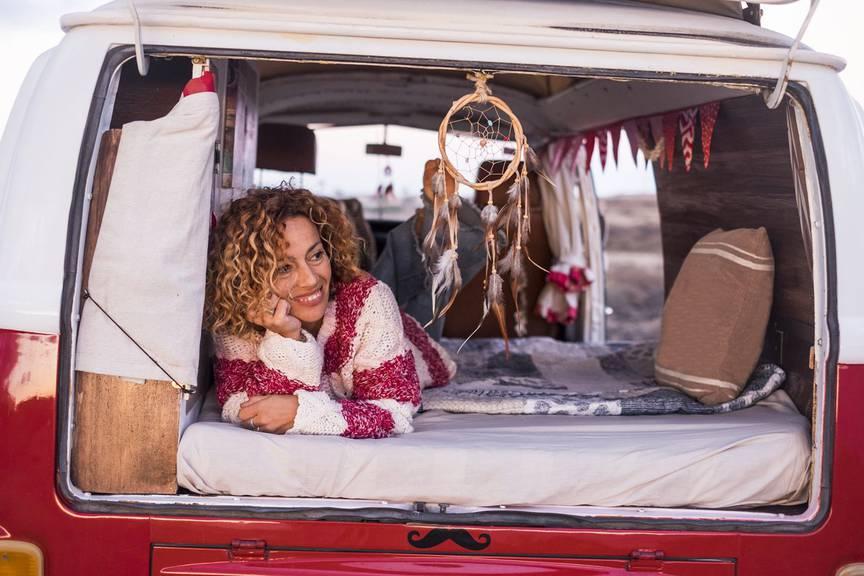 Das eigene Bett stets dabei zu haben, ist ein schönes Gefühl. (Bild: iStock)