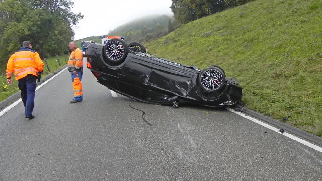 Der Unfall ereignete sich bei einem Überholmanöver.