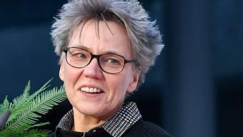 Die deutsche Autorin Esther Kinsky wird an der Buchmesse mit dem Preis der Leipziger Buchmesse in der Kategorie Belletristik ausgezeichnet.