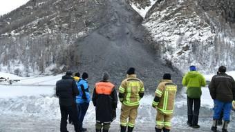70 bis 80 Menschen waren durch die Sperrung der Strasse von der Aussenwelt abgeschnitten.