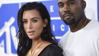 Engagierten eine Privatfeuerwehr: Kim Kardashian und Kanye West schützen die halbe Nachbarschaft vor den Waldbränden in Kalifornien. (Archivbild)