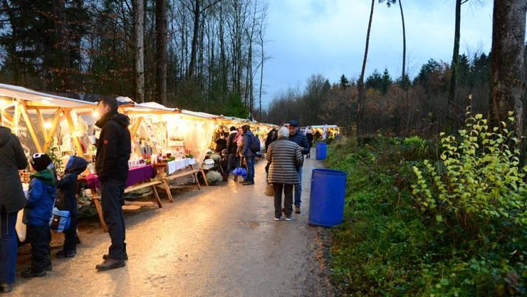 Impressionen vom Weihnachtsmarkt in Birrhard.