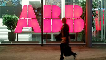 Auslöser für die Vorstösse von SP und CVP war die Ankündigung der ABB vor Weihnachten, die Stromnetzsparte an die japanische Firma Hitachi zu verkaufen.