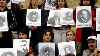 Armenier und Türken gedenken in Istanbul des Völkermords. (Archiv)