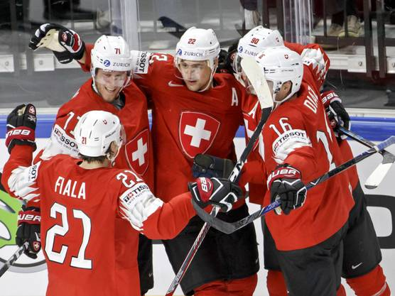 Wenig fehlte zum ganz grossen Triumph, die Einschaltquote aber stimmte mit 1,1 Millionen Zuschauern: Die Schweizer Eishockey-Nationalmannschaft verlor den WM-Final gegen Schweden erst im Penaltyschiessen