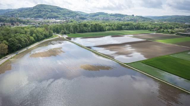 Drohnenaufnahmen zeigen Überschwemmungen 2015 beim Wasserschloss.