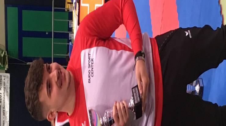 Maurice Rösch: Grand Slam und Cup Sieger 2017.
