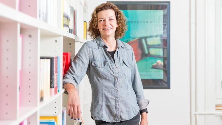 Milena Moser. Die Schriftstellerin zog 1998 für acht Jahre mit ihrer Familie in die USA, nach San Francisco. Sie kam zurück, wanderte aber 2015 wieder aus. Diesmal nach New Mexico.