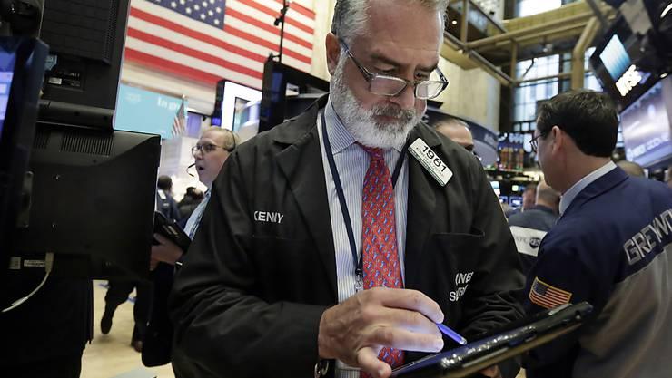 Die US-Börsen reagierten teils stark auf die Affären rund um US-Präsident Trump