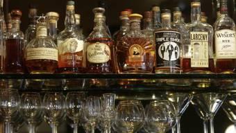 Bourbon und Whisky aus Japan Top auf der Liste der Whisky-Bibel