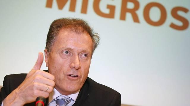Migros-Chef Herbert Bolliger ist zufrieden (Archiv)