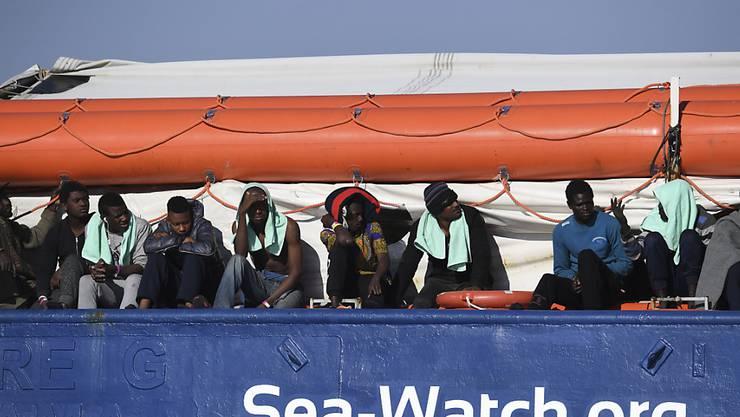 """Offenbar gibt es bald eine Lösung für die Menschen an Bord der """"Sea-Watch""""."""