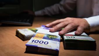 Ja zur kantonalen Transparenzinitiative: Die Schaffhauser Stimmberechtigten wollen wissen, woher das Geld für Abstimmungs- und Wahlkämpfe stammt.