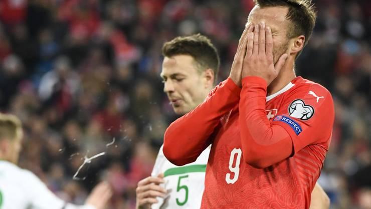 War für einen Teil der Schweizer Fans trotz geschaffter WM-Qualifikation der Buhmann: Haris Seferovic
