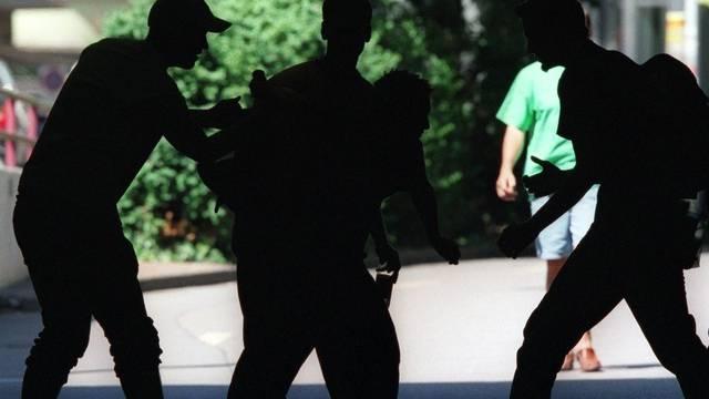 Polizei musste wegen Schlägereien einschreiten (Symbolbild).