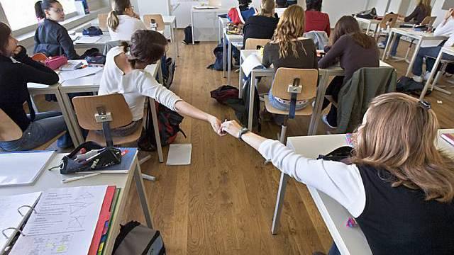 Schüler in der Nordwestschweiz dürfen ihr Gymnasium frei wählen (Symbolbild)
