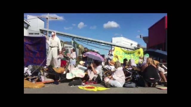 Protest im Ölhafen