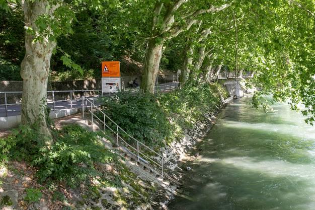 Eine Einstiegsstelle an der Limmat in Baden.