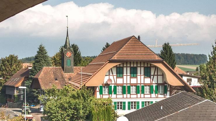 Ungewohnte Dorfansicht von Schnottwil.