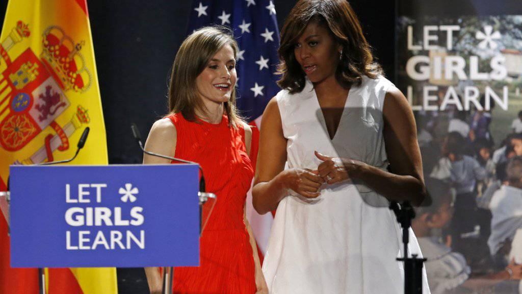 Zwei Freundinnen, ein gemeinsames Ziel: Michelle Obama (rechts) und Königin Letizia fordern Chancengleichheit für Mädchen und Jungen.